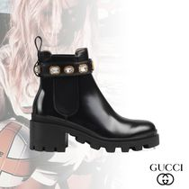 GUCCI Platform Round Toe Studded Plain Leather Elegant Style