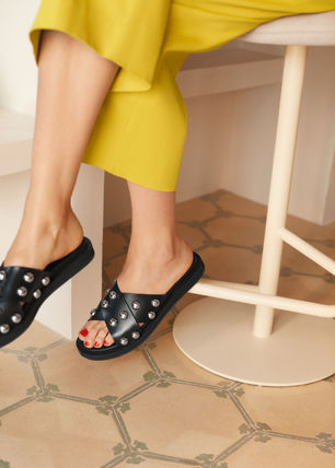 Open Toe Casual Style Studded Plain Leather Slippers Sandals