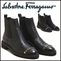Salvatore Ferragamo Plain Toe Rubber Sole Casual Style Chain Plain Leather