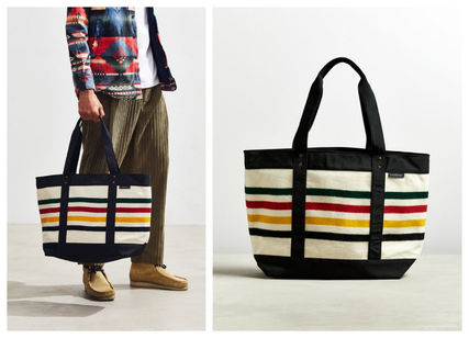 Stripes Unisex Blended Fabrics A4 Totes