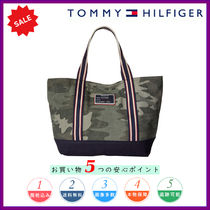 Tommy Hilfiger Camouflage Casual Style Totes