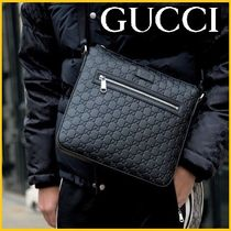 GUCCI Street Style Leather Bags
