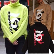 SHETHISCOMMA Pullovers Unisex Studded Long Sleeves Knits & Sweaters