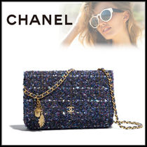 CHANEL Chain Clutches