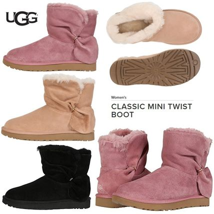 UGG Australia Ankle & Booties Round Toe Sheepskin Plain Ankle & Booties Boots
