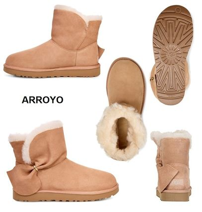 UGG Australia Ankle & Booties Round Toe Sheepskin Plain Ankle & Booties Boots 3