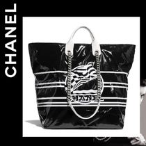 CHANEL Stripes Casual Style Calfskin Blended Fabrics A4 2WAY Chain