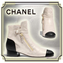 CHANEL Round Toe Bi-color Leather Block Heels Elegant Style