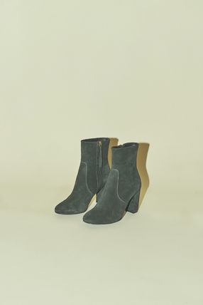 Rouje Ankle & Booties Plain Toe Casual Style Suede Plain Block Heels 9