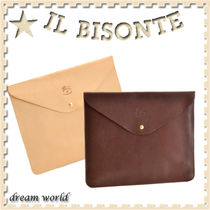 IL BISONTE Plain Leather Clutches