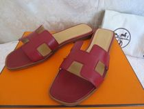 HERMES Oran Plain Leather Sandals