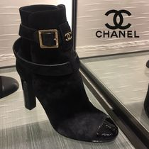 CHANEL Round Toe Plain Block Heels Ankle & Booties Boots