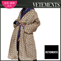 VETEMENTS Monogram Casual Style Long Oversized Outerwear