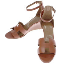 HERMES Plain Leather Elegant Style Platform & Wedge Sandals