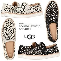UGG Australia Dots Moccasin Round Toe Rubber Sole Spawn Skin Slip-On Shoes