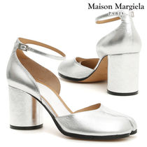 Maison Martin Margiela Round Toe Plain Leather Block Heels Elegant Style