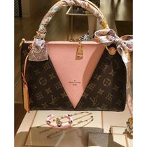 Louis Vuitton MONOGRAM V Tote Bb