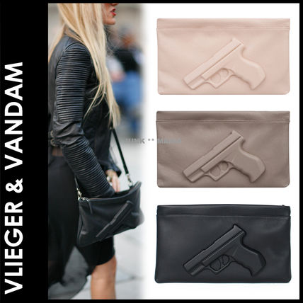 Unisex Street Style Plain Leather Clutches