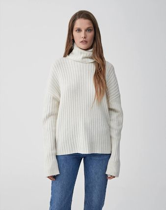 Wool Oversized Turtlenecks