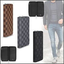 Louis Vuitton ZIPPY WALLET VERTICAL Blended Fabrics Street Style Plain Leather Long Wallets