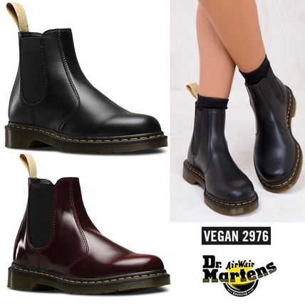 Dr Martens Ankle & Booties Round Toe Unisex Plain Leather Block Heels Chelsea Boots