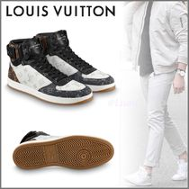 Louis Vuitton Blended Fabrics Street Style Bi-color Sneakers