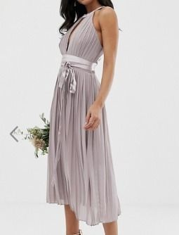 Sleeveless Halter Neck Medium Dresses