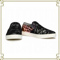 Dolce & Gabbana Leopard Patterns Round Toe Rubber Sole Casual Style