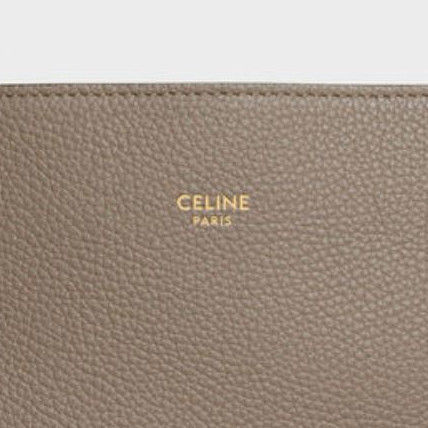 81026912f090 CELINE Cabas Phantom 2019 SS Plain Leather Elegant Style Totes ...