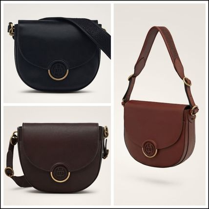 Plain Leather Elegant Style Bold Shoulder Bags