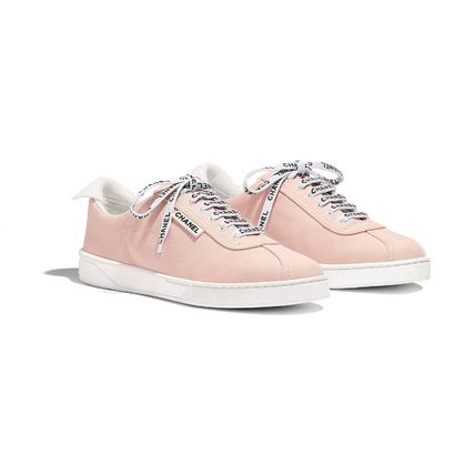 CHANEL Low-Top Round Toe Lace-up Casual Style Plain Low-Top Sneakers 9