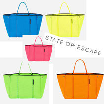State of Escape Casual Style Bag in Bag A4 Oversized Totes