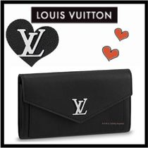 Louis Vuitton LOCKME Unisex Calfskin Plain Long Wallets