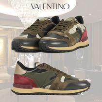 VALENTINO Camouflage Low-Top Sneakers