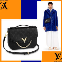 Louis Vuitton Casual Style Plain Leather Handmade Shoulder Bags