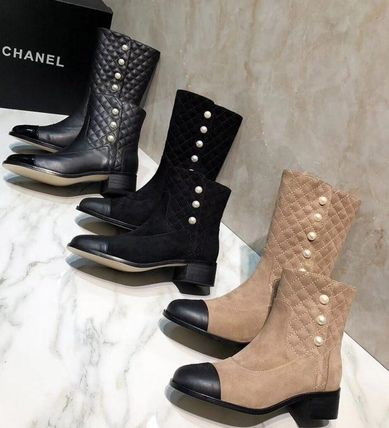 CHANEL Ankle & Booties Round Toe Plain Leather Block Heels Elegant Style 5