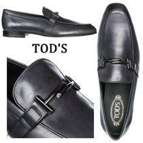 TOD'S Plain Toe Moccasin Plain Leather Loafers & Slip-ons