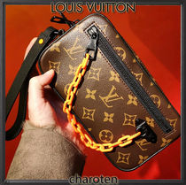 Louis Vuitton MONOGRAM Louis Vuitton Clutches