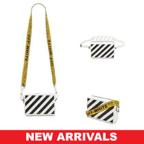 Off-White Casual Style Street Style Leather Shoulder Bags