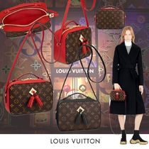 Louis Vuitton MONOGRAM Louis Vuitton Shoulder Bags