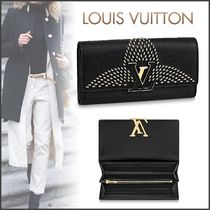 Louis Vuitton CAPUCINES Louis Vuitton Long Wallets