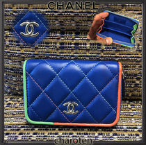 CHANEL ICON Bi-color Plain Leather Coin Purses
