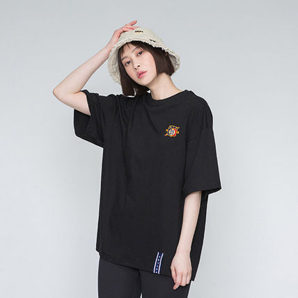 ROMANTIC CROWN More T-Shirts Unisex Street Style Oversized T-Shirts 11