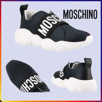 Moschino Round Toe Rubber Sole Casual Style Plain Low-Top Sneakers