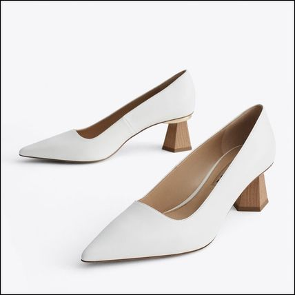 White Leather Elegant Style Pointed Toe Pumps