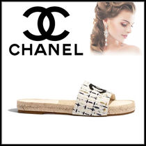 CHANEL Round Toe Casual Style Leather Block Heels Sandals