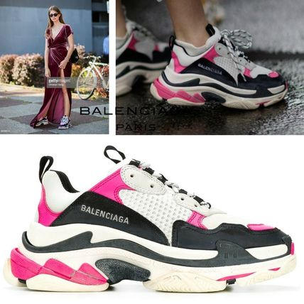 5443748f8944 BALENCIAGA Triple S 2019 SS Low-Top Sneakers (524039W09O65671) by ...