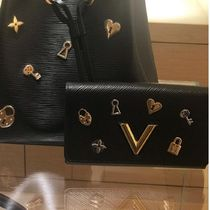 Louis Vuitton EPI Blended Fabrics Studded Chain Plain Leather Long Wallets