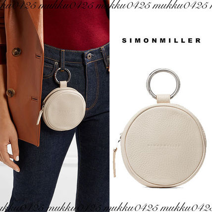 Street Style Plain Leather Pouches & Cosmetic Bags