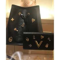 Louis Vuitton NEONOE Blended Fabrics Studded Plain Leather Purses Elegant Style